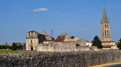 St Emilion Church behind clos 3